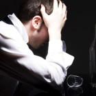 Почему возникает депрессия после алкоголя?